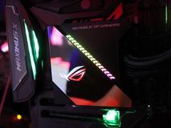 ROG玩家国度正式发布多款一体式水冷散热器:自带OLED显示屏