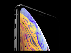 "iPhone XS/XS Max屏幕又出问题了:""绿线门""后再迎""变色门"""