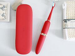 居家旅行兩相宜,開箱體驗XESS光波雙凈智能牙刷